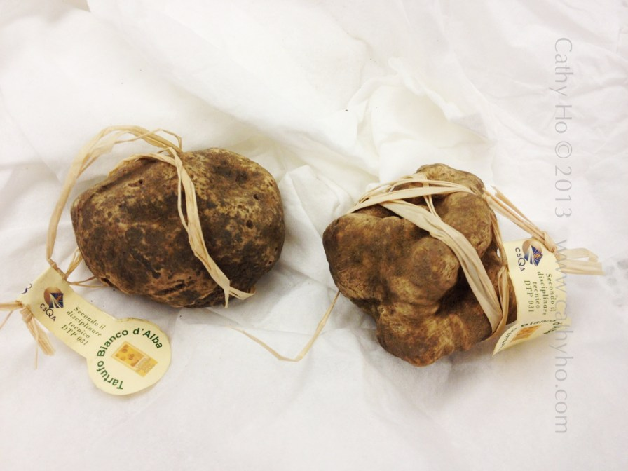 Very exceptional white truffle from Alba, Italy