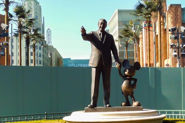 Dreams are forever(Walt Disney)