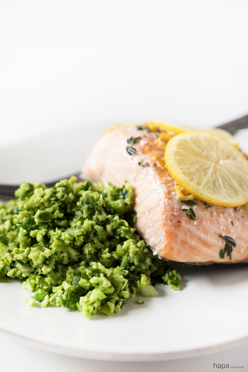 Need a quick and easy weeknight dinner that's healthy and delicious? Salmon en Papillote with Edamame Mash full-fills all! It may look (and by name, even sound) fussy, but it couldn't be easier, and it's virtually foolproof.