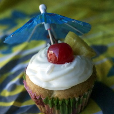 Piña Colada Cupcakes – Happy 21st Birthday Ariel!