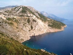 3000 years of solitude: extreme differentiation in the island isolates of Dalmatia, Croatia