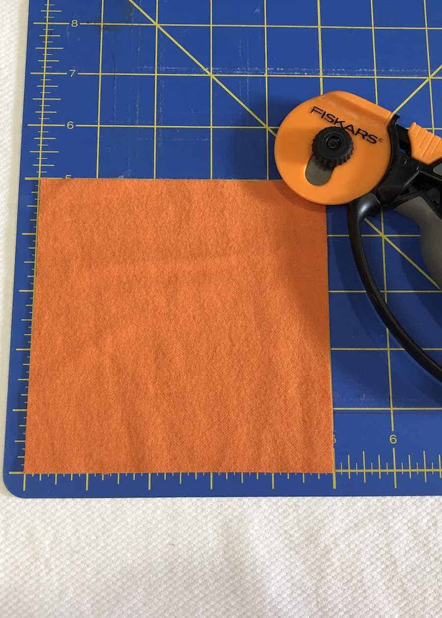 Cutting Fabric with Rotary