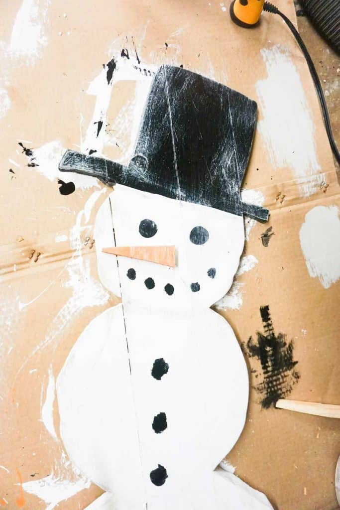 DIY wood Snowman Stain Drying