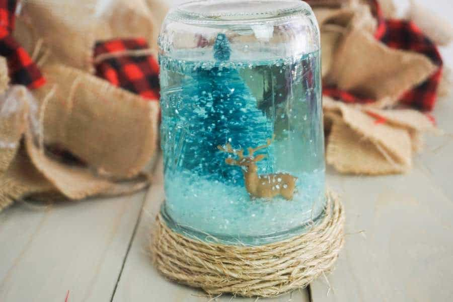 How to Make a Snow Globe in a Mason Jar