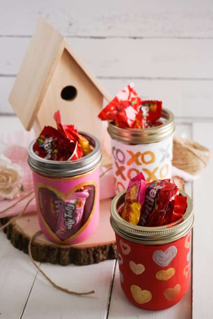 Completed Painted Mason Jars for Valentines Day