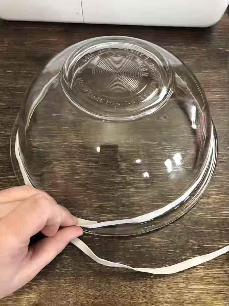 measuring elastic around bowl