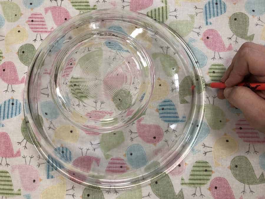 tracing out bowl on fabric