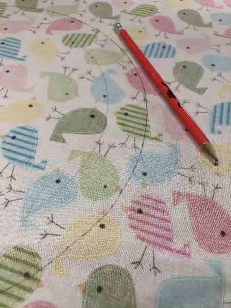 connecting dashed lines for circle on fabric