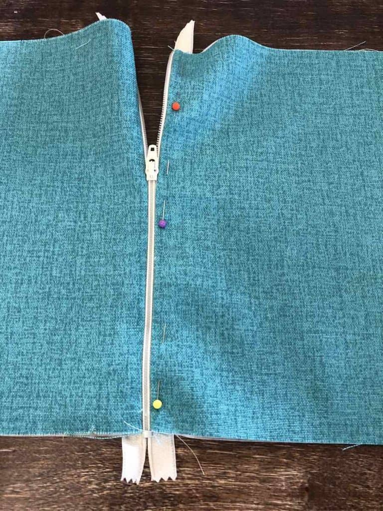 15b Pin parallel to the zipper