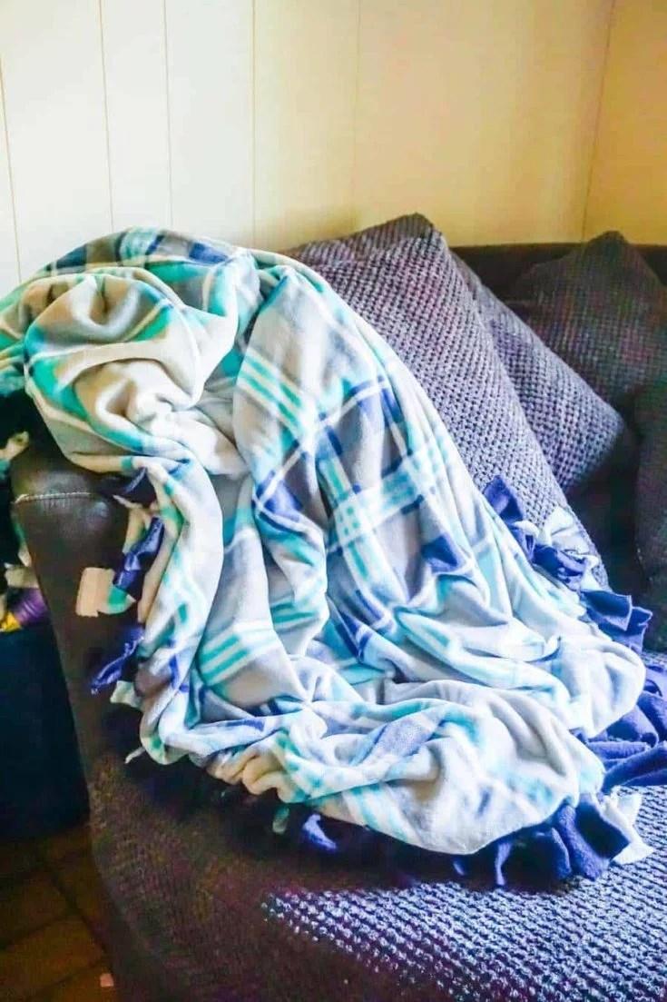 Finished No Sew Fleece Blanket