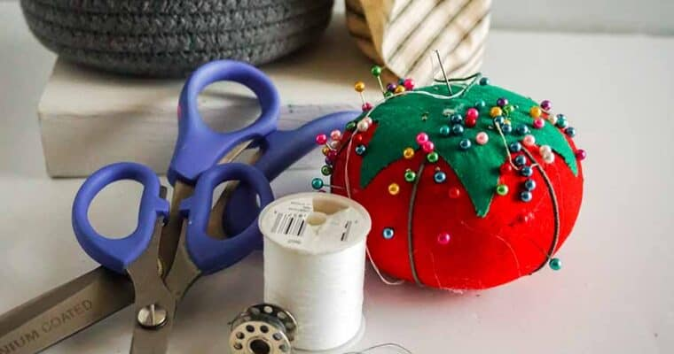 Build Your Own Sewing Kit for Beginners