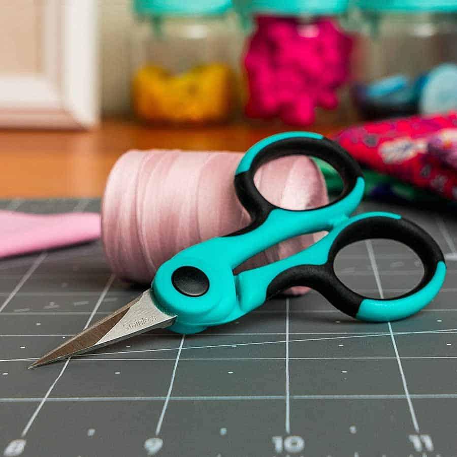 snipping scissors