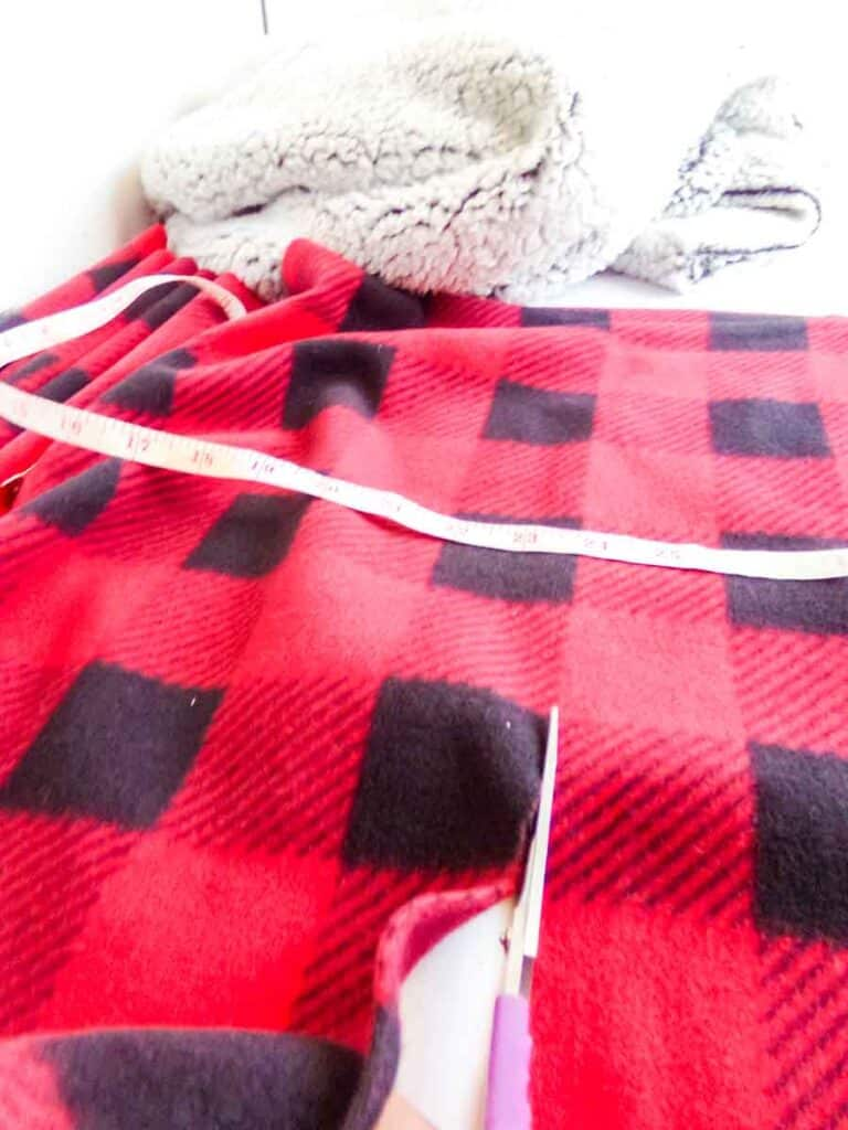 cutting fabric for No-Sew Fleece Hat