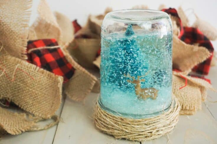 Easy Craft Snow Globe Mason Jars Completed