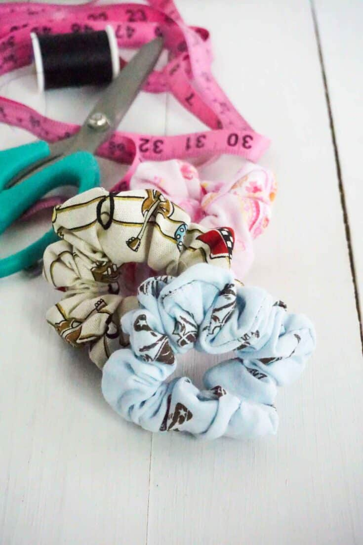 Easy Sew Scrunchie Tutorial Completed