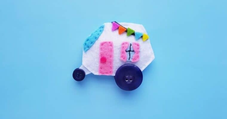 Easy Sew Felt Camper with Free Pattern