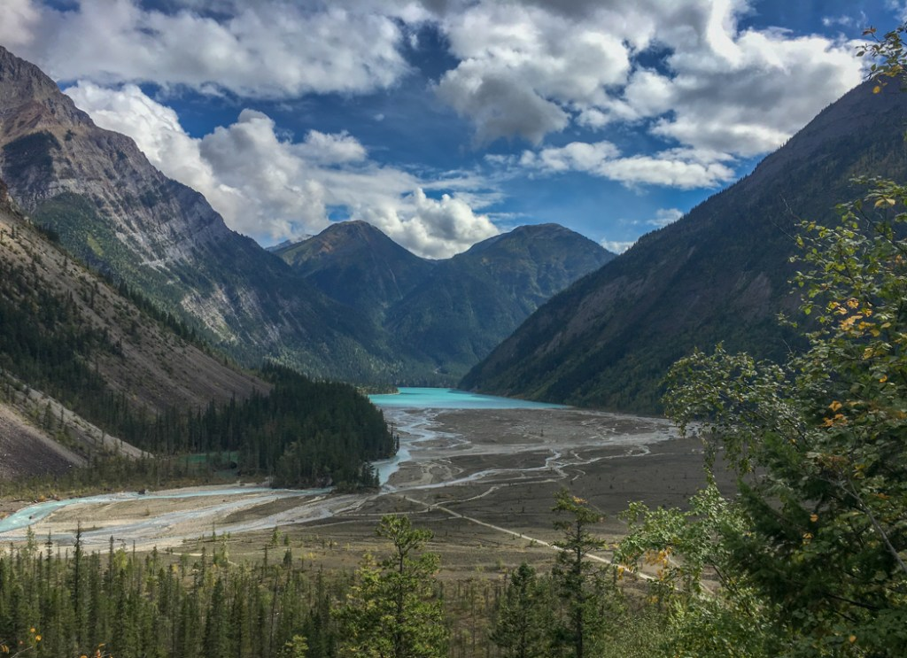 Looking down on Kinney Lake from the Berg Lake Trail. The Ultimate Guide to Hiking the Berg Lake Trail in Mount Robson Provincial Park in the Canadian Rockies