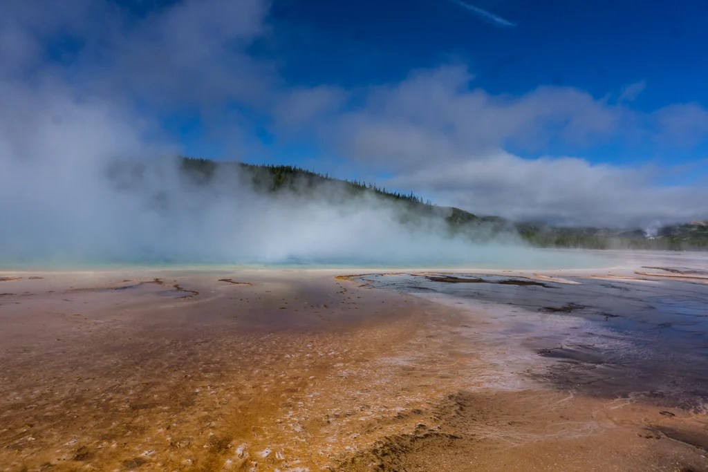 Grand Prismatic Spring in Midway Geyser Basin at Yellowstone National Park