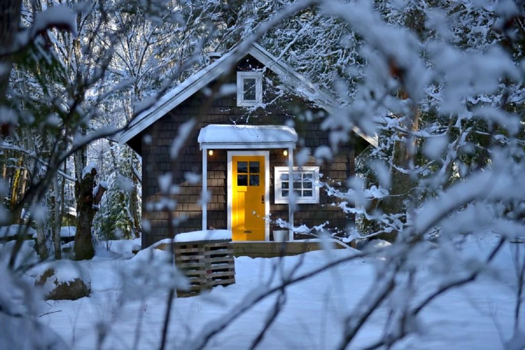 Sunwolf Cabin in Squamish in winter