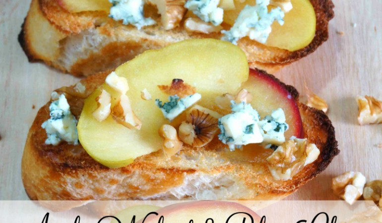 How to Make Apple, Walnut & Blue Cheese Bruschetta