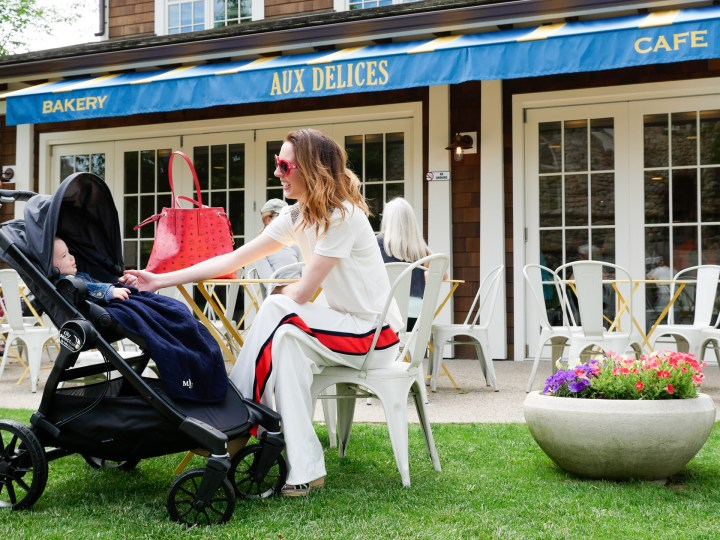 Eva Amurri Martino hangs out with son Major at an outdoor cafe