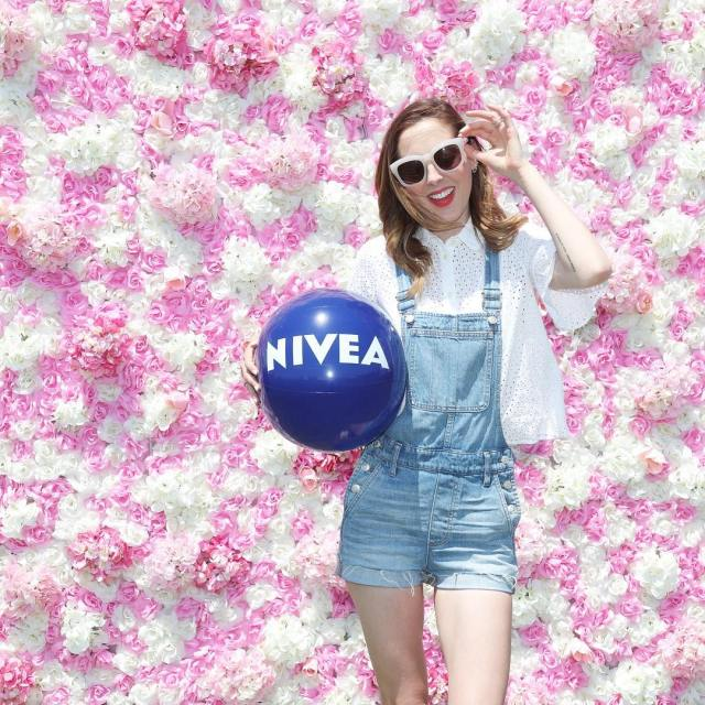 Hanging with niveausa at the pinknic Ros Festival today!! Adhellip