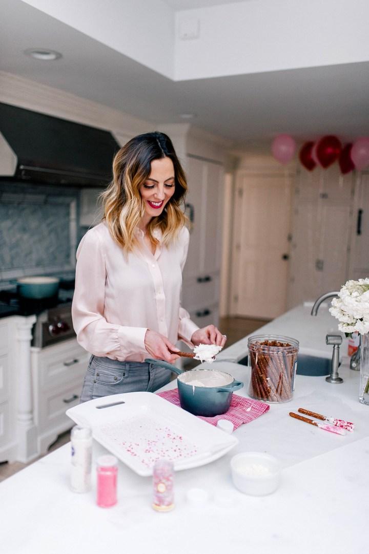 Eva Amurri Martino makes chocolate covered pretzels with valentine's day decorations