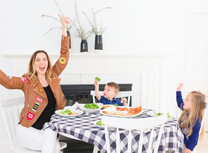 Eva Amurri Martino enjoys pizza night with her kiddos