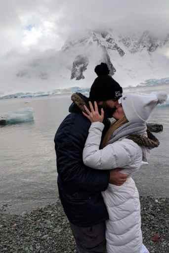 Melissa Ferbert and Jamie Hanson get married in Antarctica