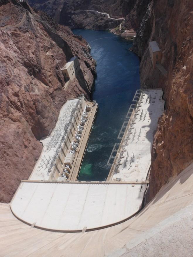 Hoover Dam 066 (960x1280)