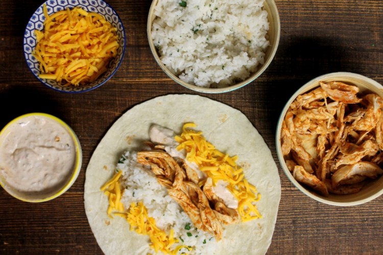 Shredded Chicken Burrito Taco Bell Copycat | read more at happilythehicks.com