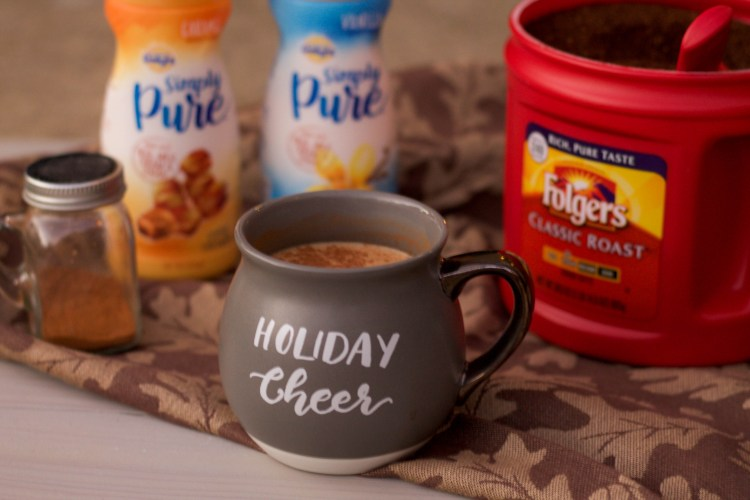 Stress Free Holidays with Folgers and Simply Pure Creamer | read more at happilythehicks.com