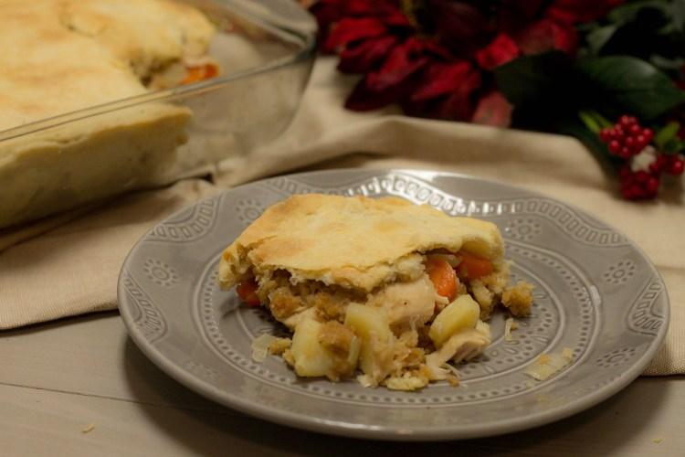 Turkey Pot Pie - Holiday Recipe Series | read more at happilythehicks.com
