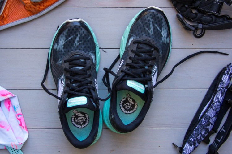 A detailed list of your must-have running gear for your next half marathon! | read more at happilythehicks.com