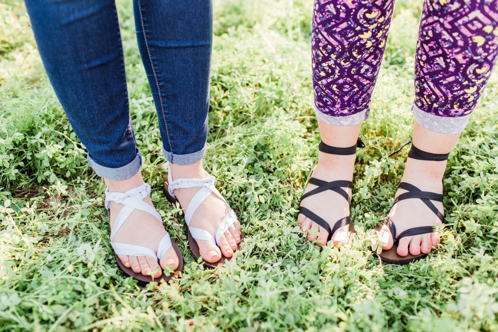 Sseko Ribbon Sandals Review | read more at happilythehicks.com