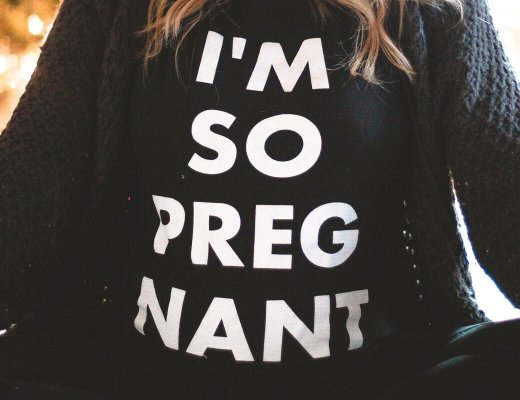I'm So Pregnant Hello Collection Graphic Tee