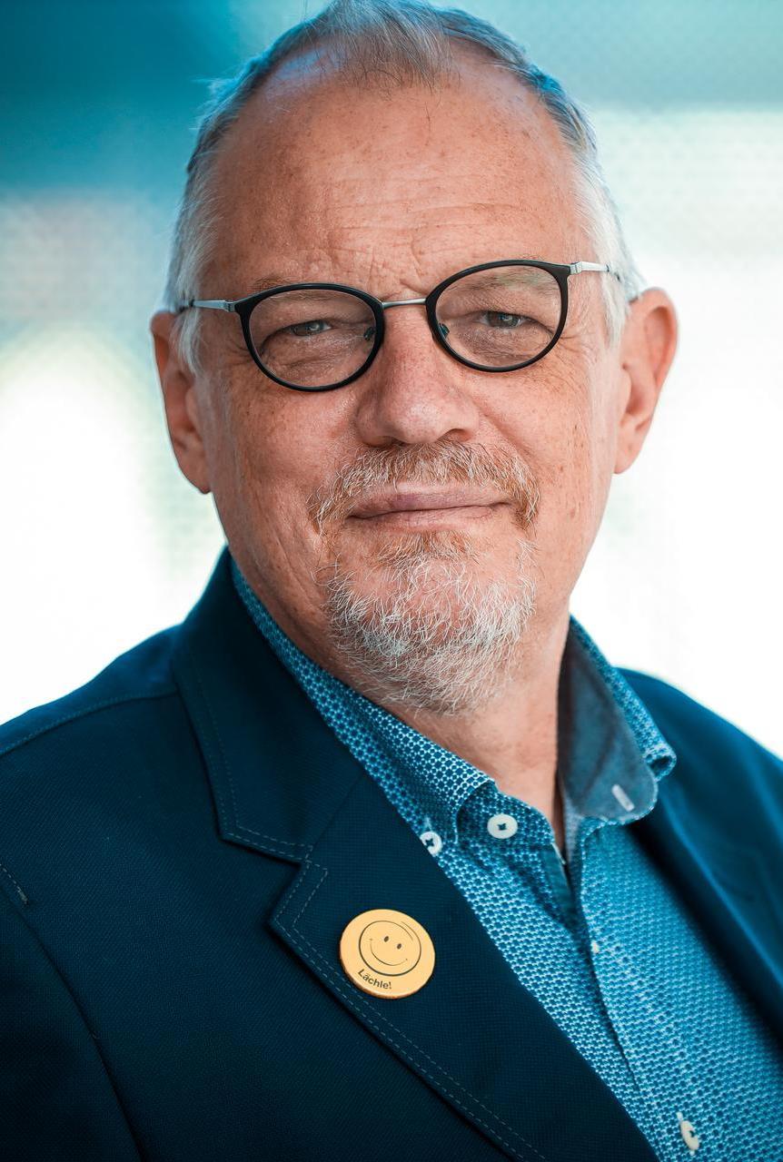 Dr. Jürgen Niebuhr, Stuttgart