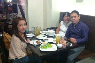 Pre-valentines with the 'rents!