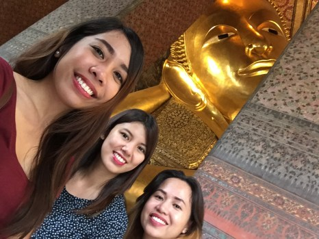 Trying to take a groufie with Buddha!