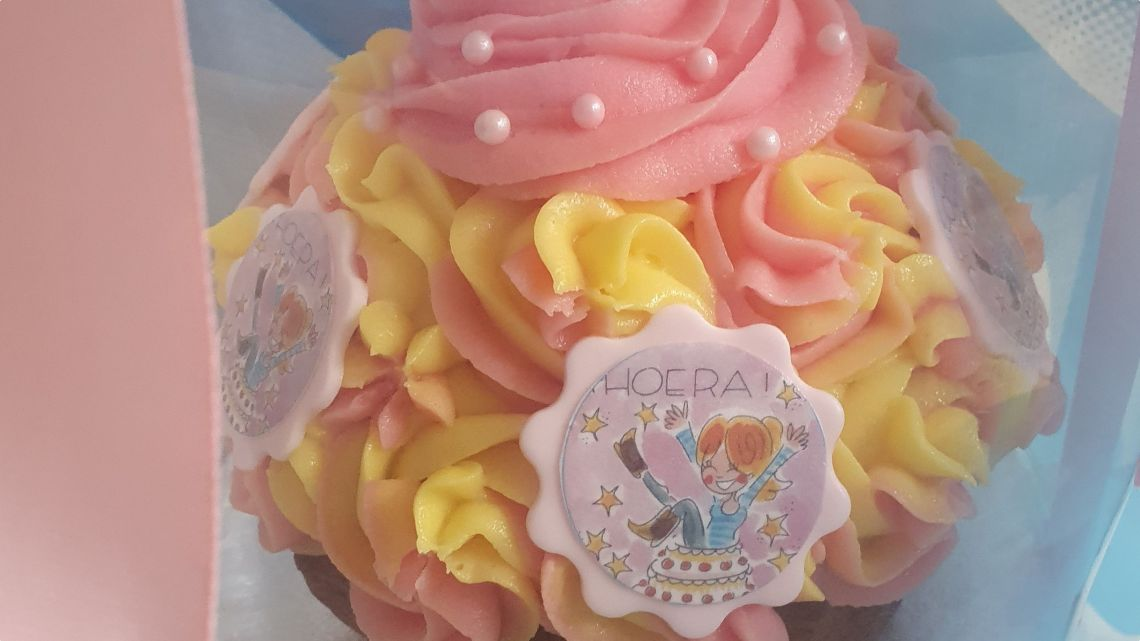 happy birthday to me - cupcake taart