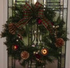 wreathgreenplaidfbowfruit