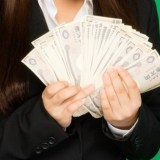 「TATERU」の営業は年収1,000万円以上か