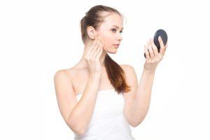 甲状腺機能低下症の化粧はベースが大切