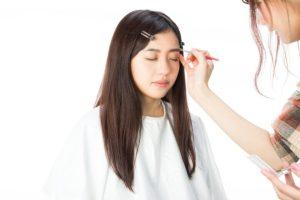 甲状腺機能低下症の化粧でアイブロウは重要