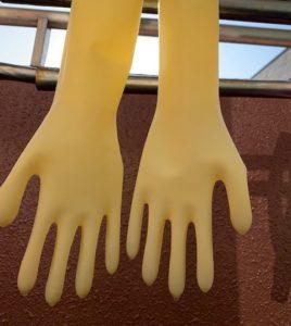 ゴム手袋の洗い方・干し方