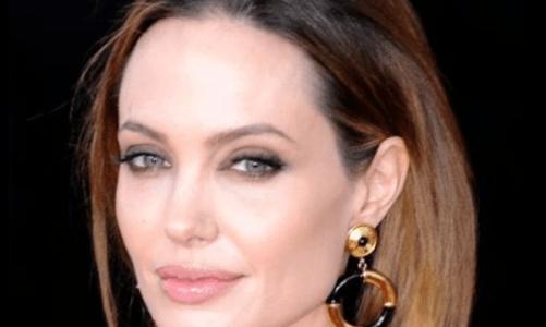 Истинска красота: Джоли показа най-голямата си дъщеря пред света