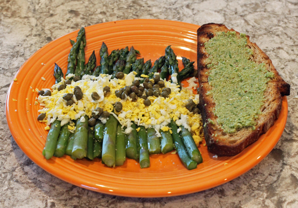 Asparagus Mimosa with sourdough crostini