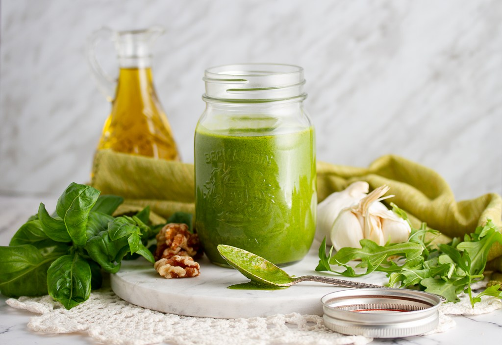 Vegan Arugula and Walnut Pesto