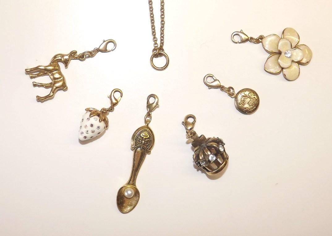pilgrim pendant gold
