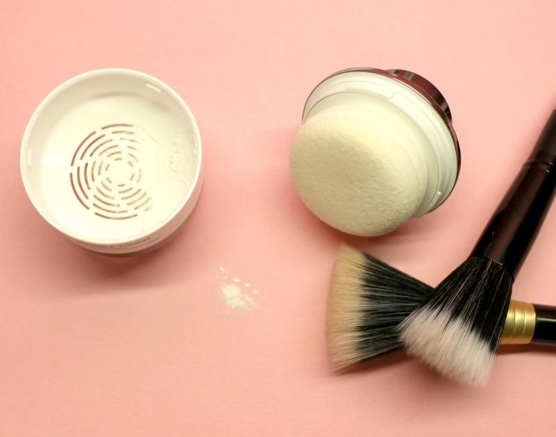 poudre-fixatrice-maquillage